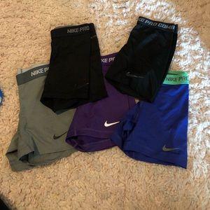 bundle of 5 Nike spandex